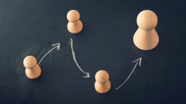 面倒な経理業務も、得意で分担すれば軽くなる